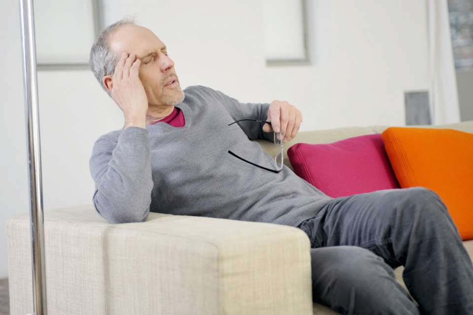 Schwindelanfälle können viele Ursachen haben. Treten sie häufiger auf, sollte man einen Arzt aufsuchen.Foto: djd/Vertigoheel/P.BROZE