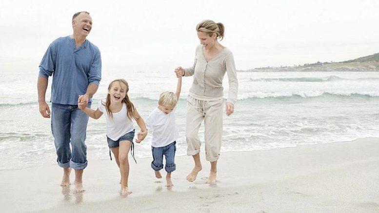 Gesundheit ist Lebensfreude für die ganze Familie. Foto: Yuri A/PeopleImages.com/hypno-A GmbH/akz-o