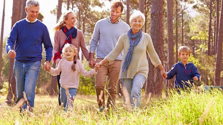 Durch einer verfrühte und schnell fortschreitende Arteriosklerose kann FH schon bei jungen Menschen zu Herzinfarkten führen. Foto: djd/www.dach-praevention.eu/thx