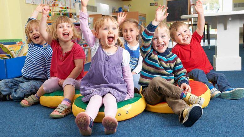 Im Kindergarten sind die Kleinen auf engem Raum zusammen - die Ansteckungsgefahr ist daher besonders hoch. Foto: djd/Emil/highwaystarz - Fotolia